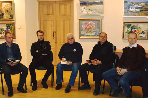 Dialogue meeting of national police officers, civil activists and deputies was held in Chuguyev